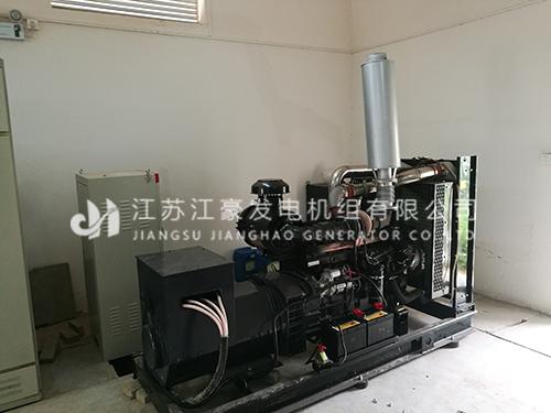 苏州工业一台200KW上柴配恒声发电机组调试现场